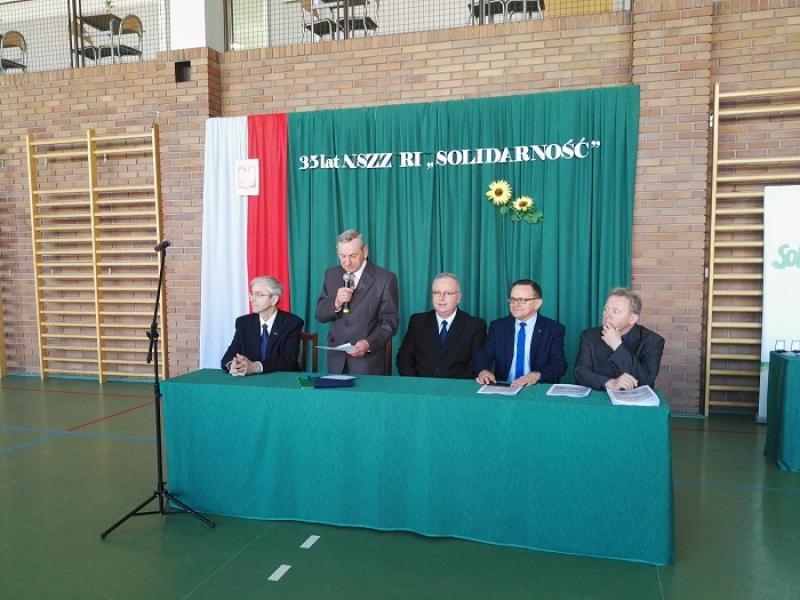 """Uroczystość nadania nazwy ronda im. NSZZ Rolników Indywidualnych """"Solidarność"""""""